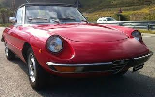 Alfa Romeo Duetto Rent Sicilia