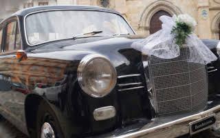 Mercedes 190 D Rent Basilicata