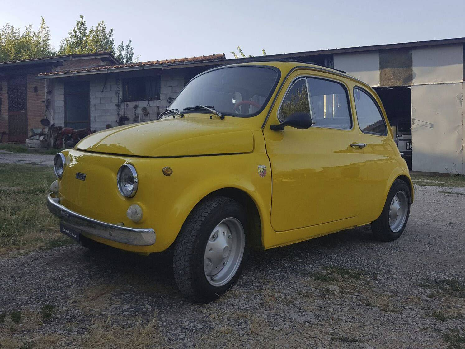 fiat 500 r for hire in frosinone bookaclassic. Black Bedroom Furniture Sets. Home Design Ideas