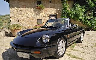 Alfa Romeo Duetto Rent Toscana